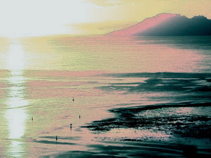 Quand les premières lueur de soleil montrent leur nez (TAHITI)