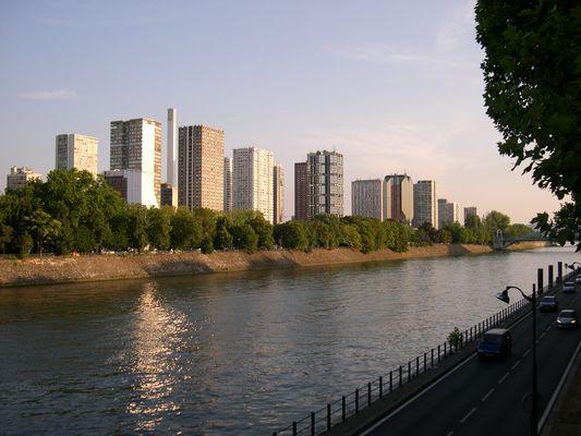 quartier de Grenelle en bord de Seine