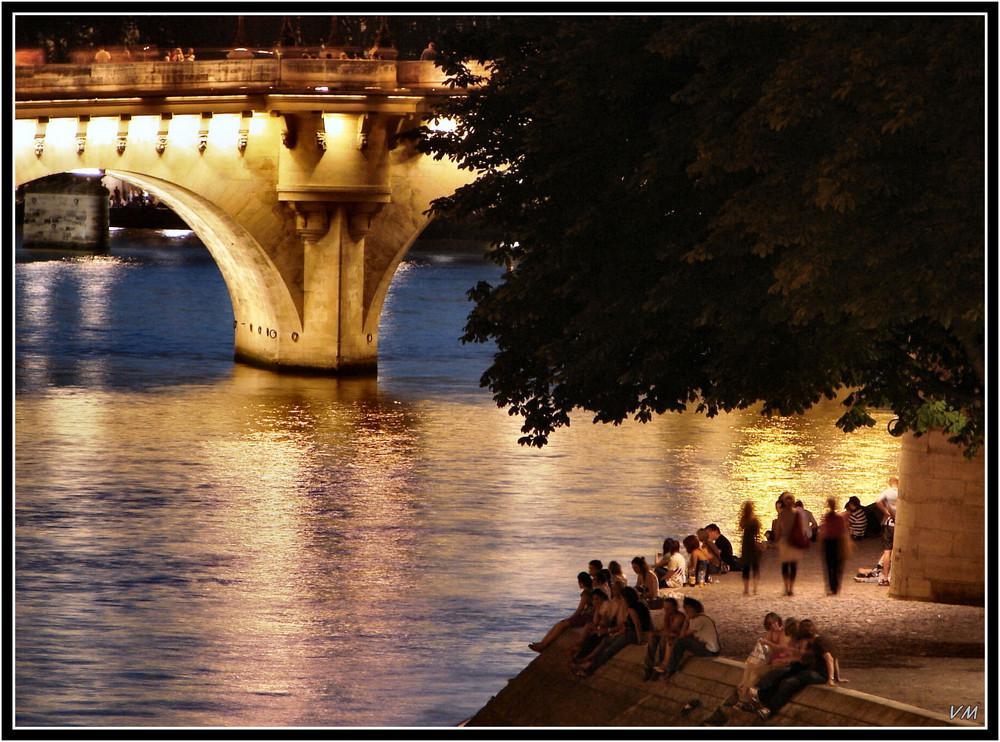 Quays of Paris in summertime...
