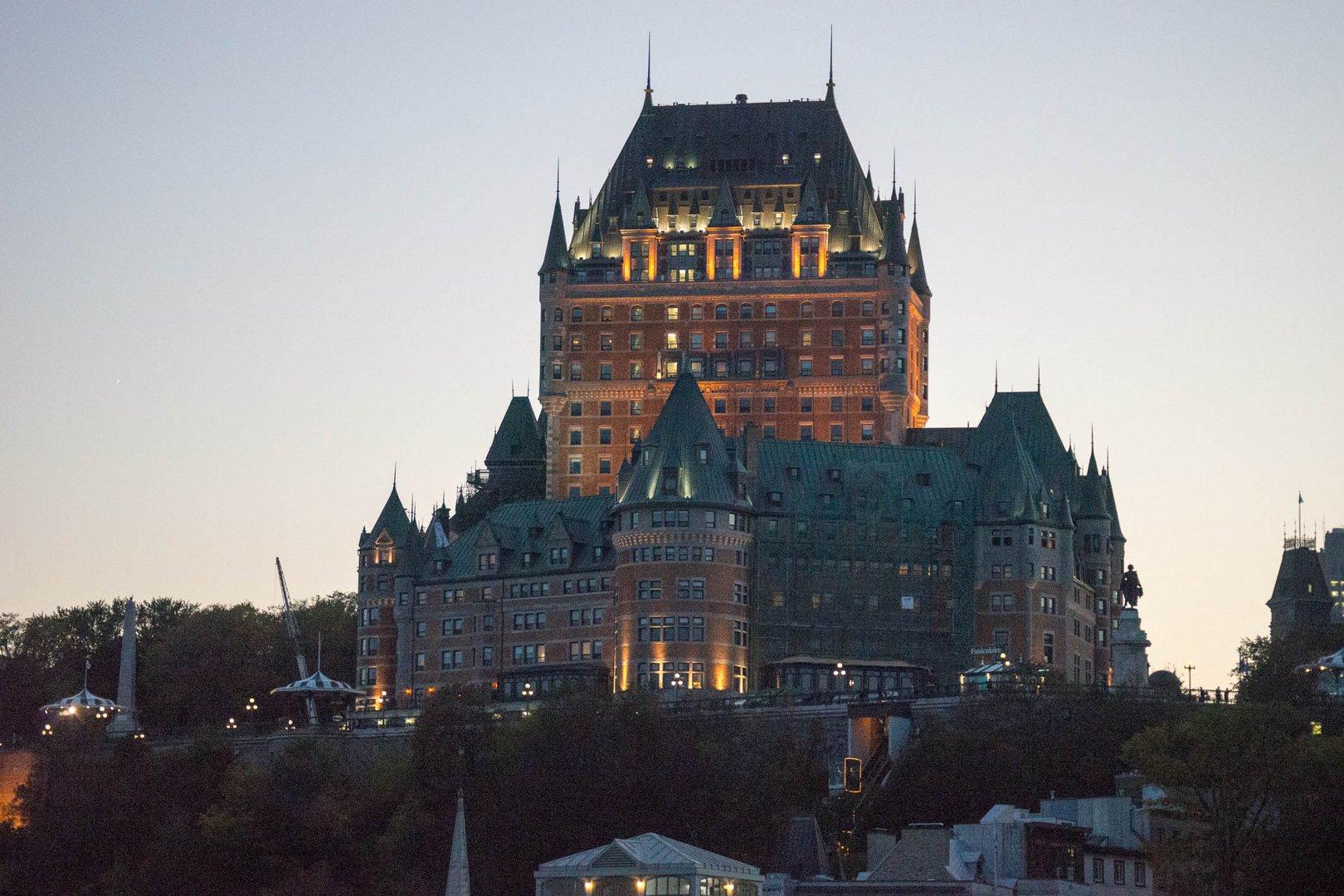 Quebec's Wahrzeichen bei Nacht