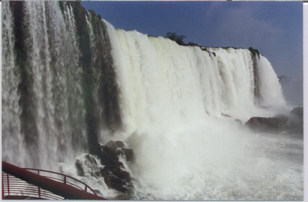 Quede fiume Iguaçu in Brasile
