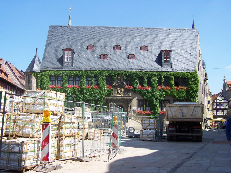 Quedlinburger Marktplatz wird saniert und modernisiert