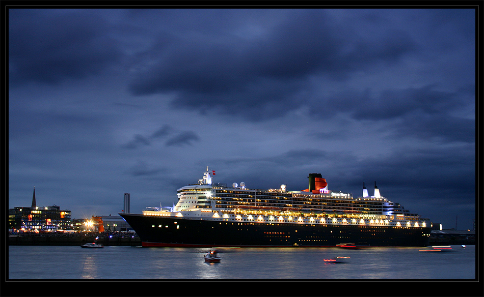 Queen Mary 2 (2)