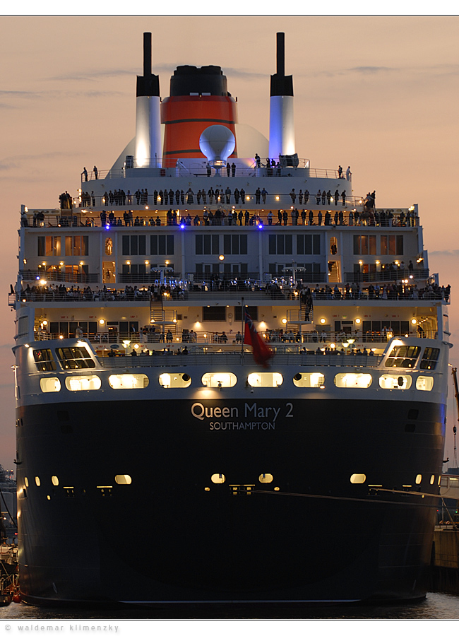 Queen Mary 2...