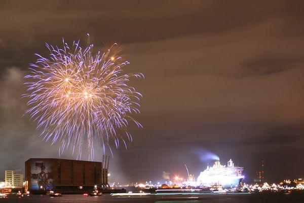 Queen Mary 2 - Feuerwerk 1