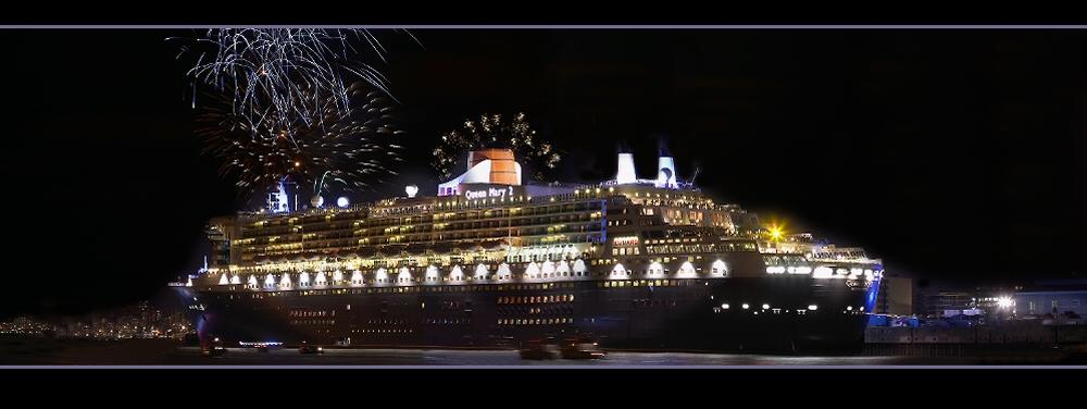 Queen Mary 2 in Hamburg 2005 (part 3)