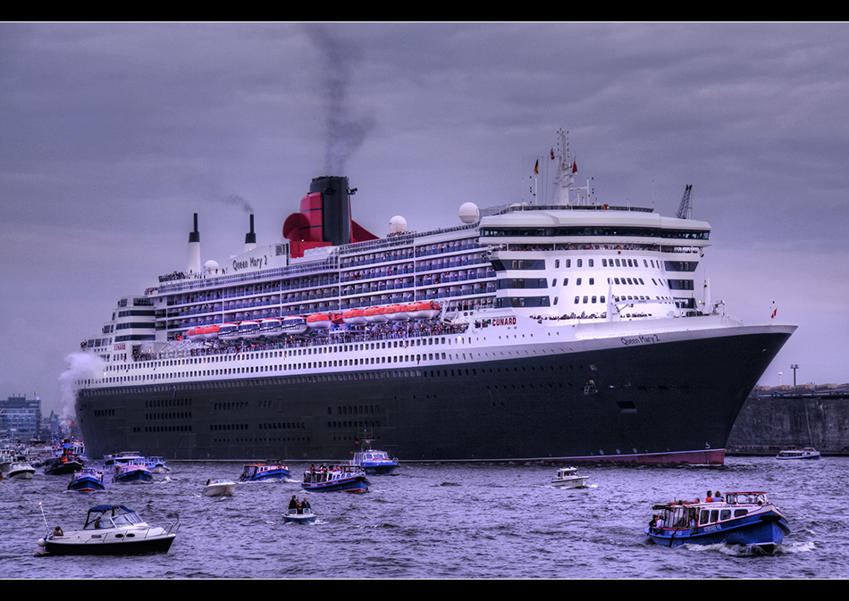 Queen Mary 2 VII