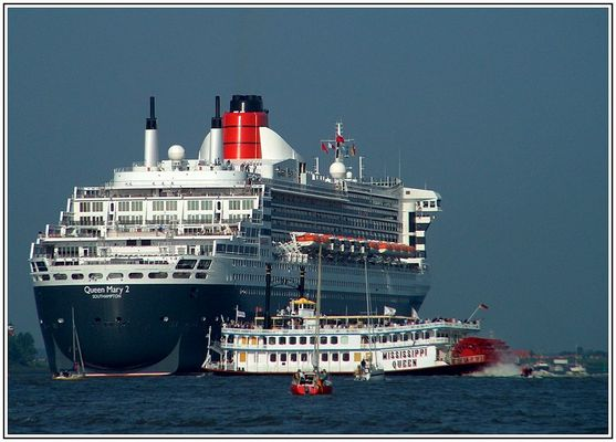 """""""QUEEN MARY2"""" (5)"""