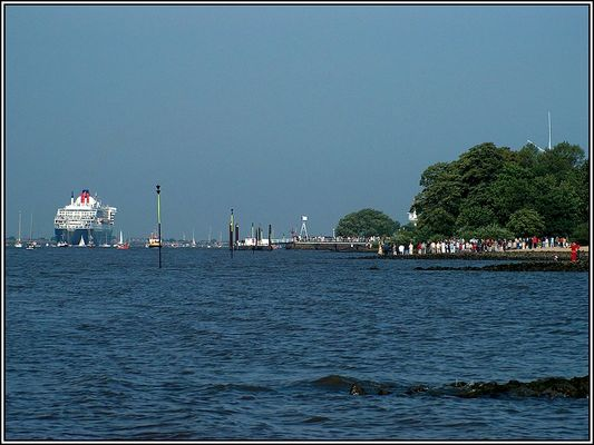 """""""QUEEN MARY2"""" (6)"""