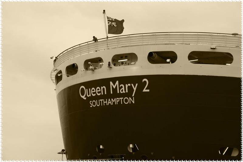 Quenn Mary 2 [1]
