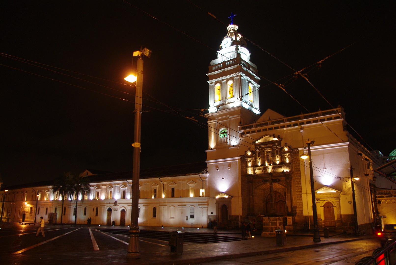 Quito de nuit