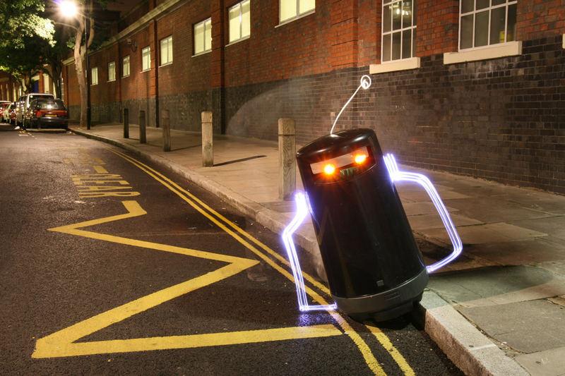R2D2 in London