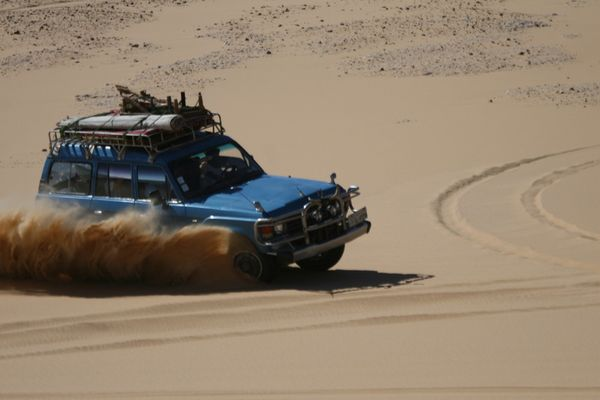 RACING IN THE SAND