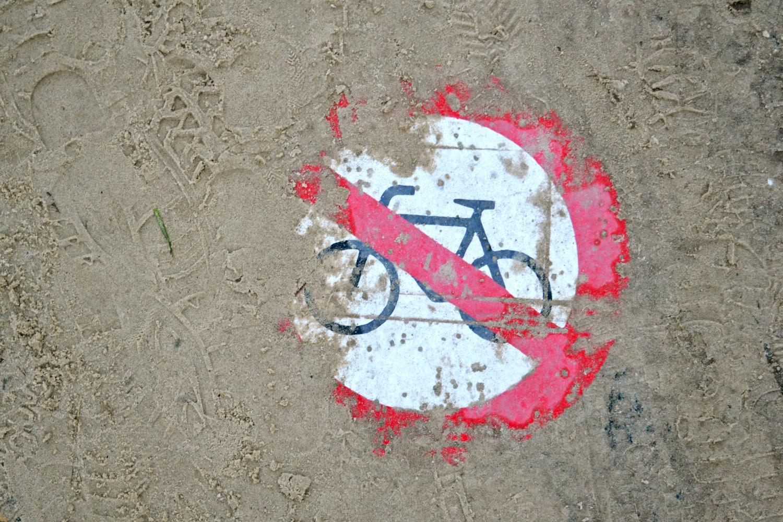Radfahren im Sand verboten!