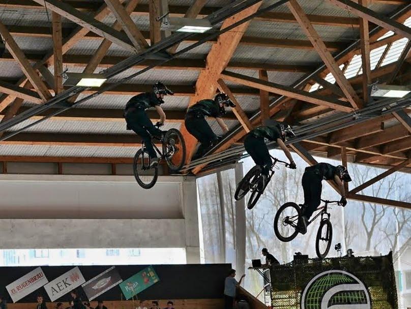 Radsport in der Luft