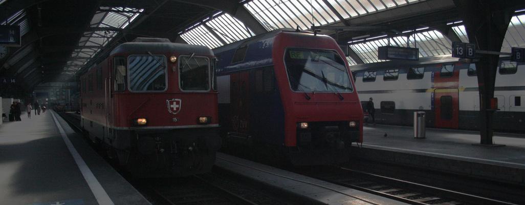 RAe 4/4 und die S-Bahn Re450-Steuerwagen