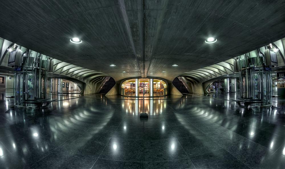 - Railway Station XVIII -