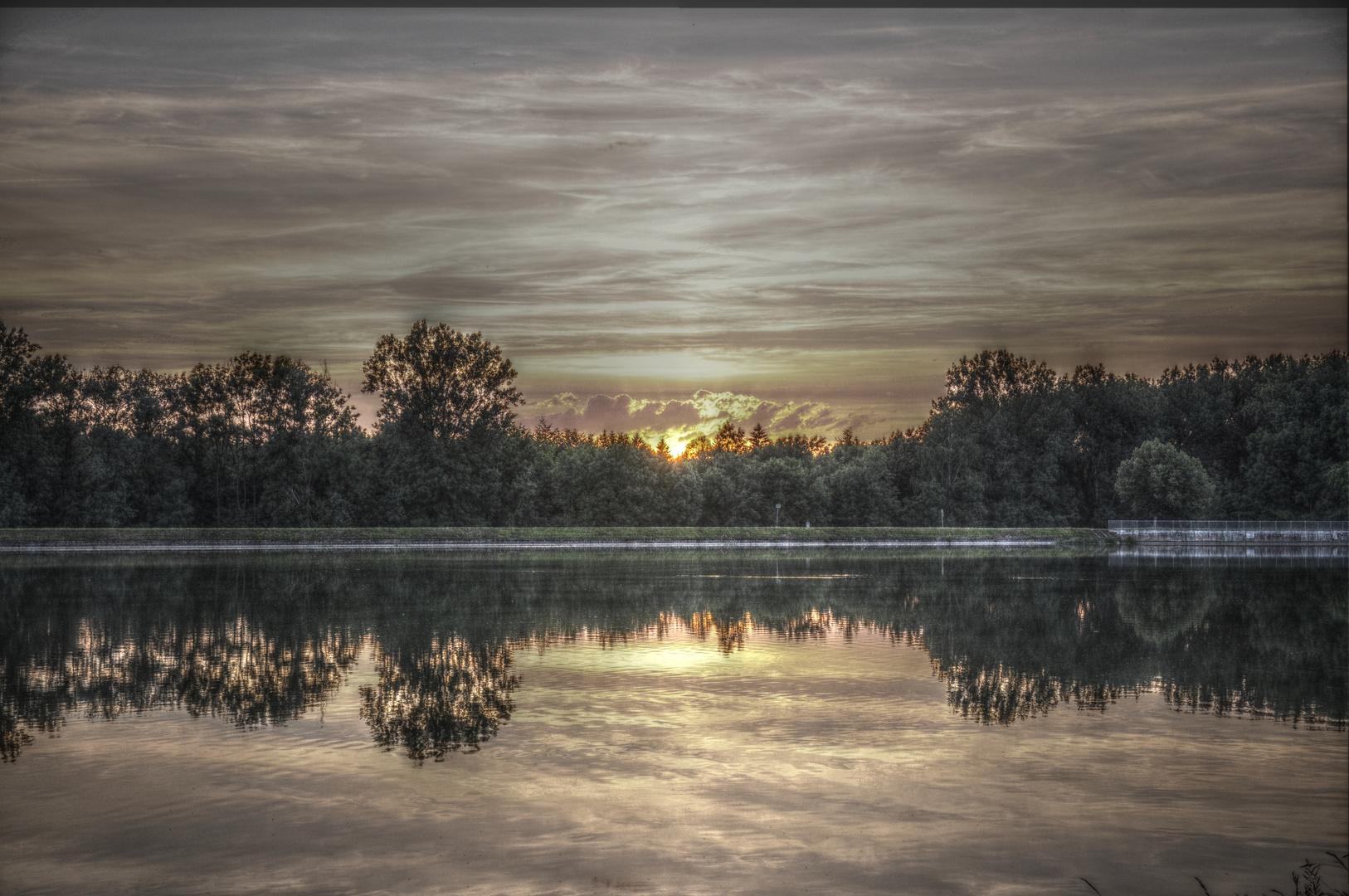 Rain am Lech bei Sonnenuntergang
