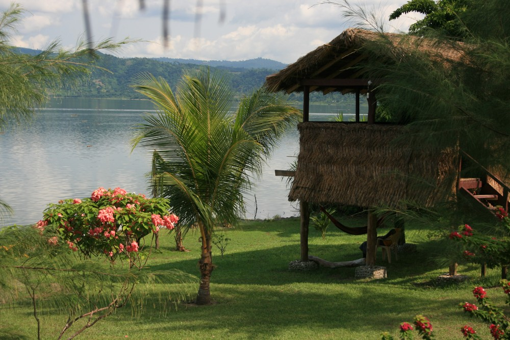 Rainbow Garden Village Guesthouse at lake Bosomtwe, Ghana