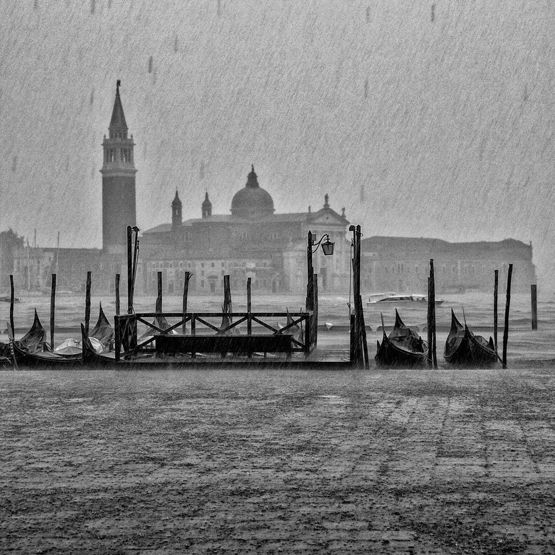 Rain(V1)