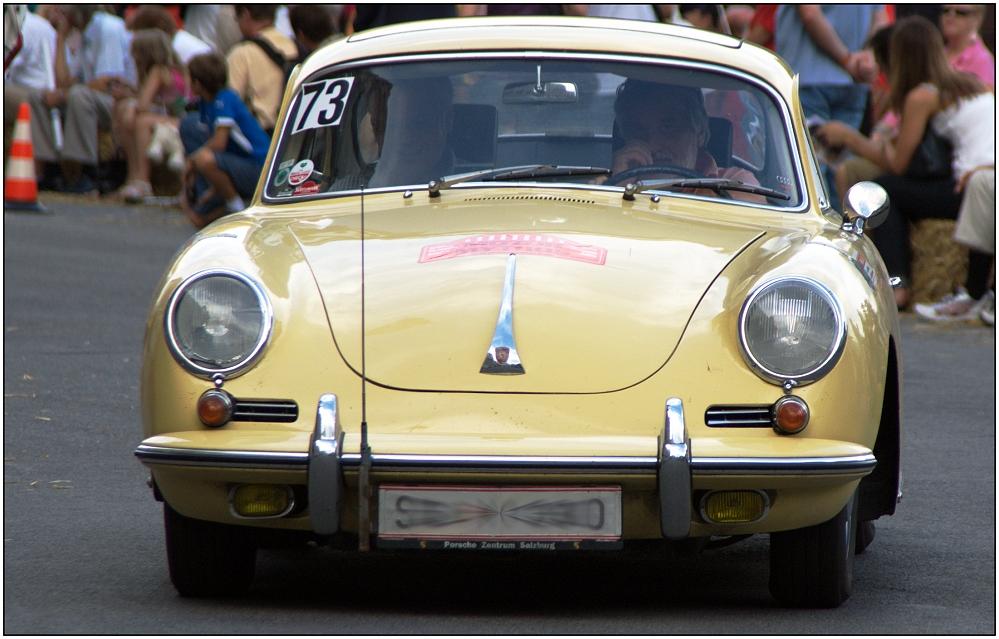 ... Rallye de Vienne (64) ...