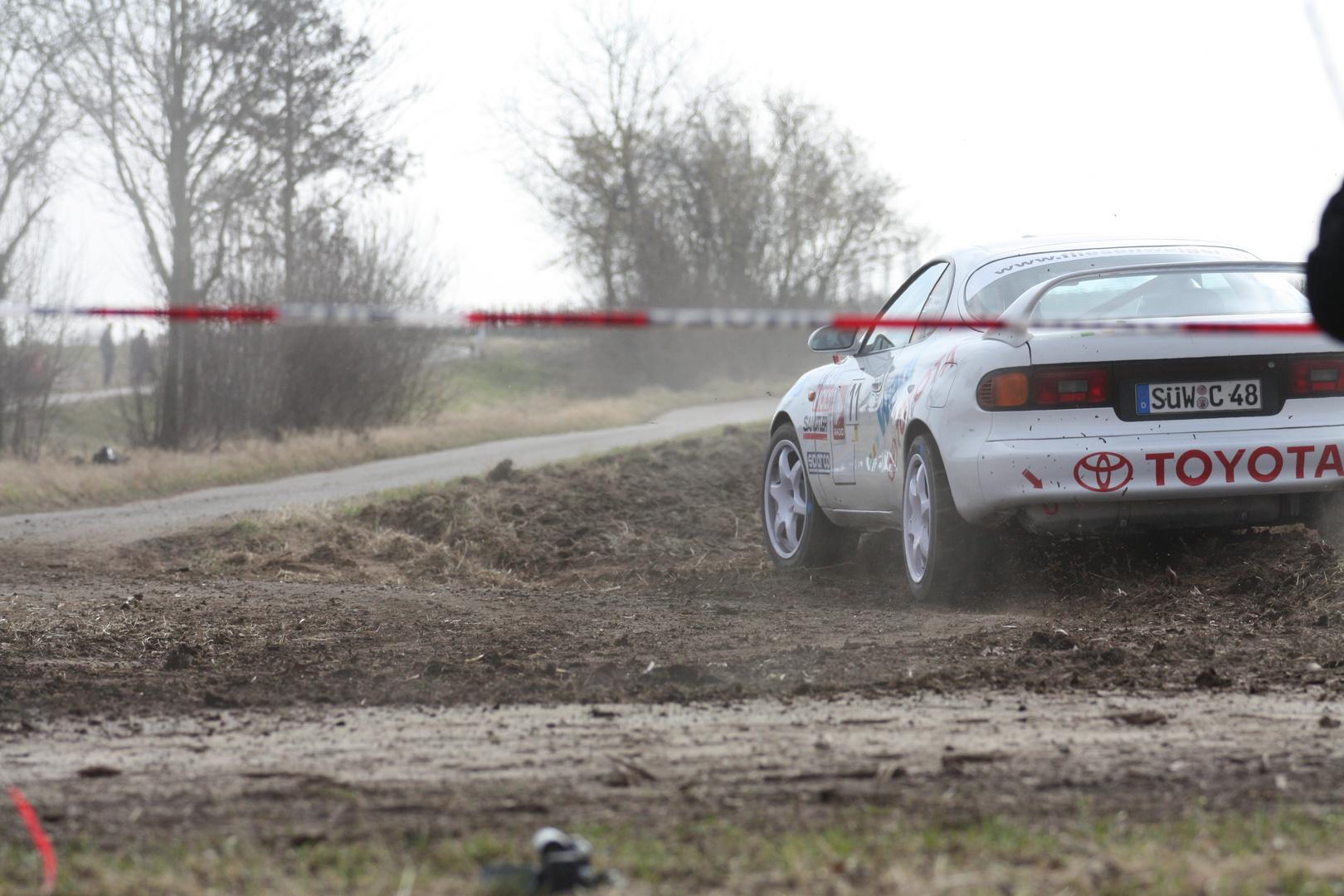 ... Rallye SÜW, Toyota, uiuiui ...