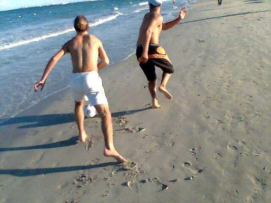 Rami & Yossri in the beach