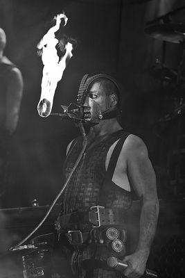 Rammstein, Till Lindemann