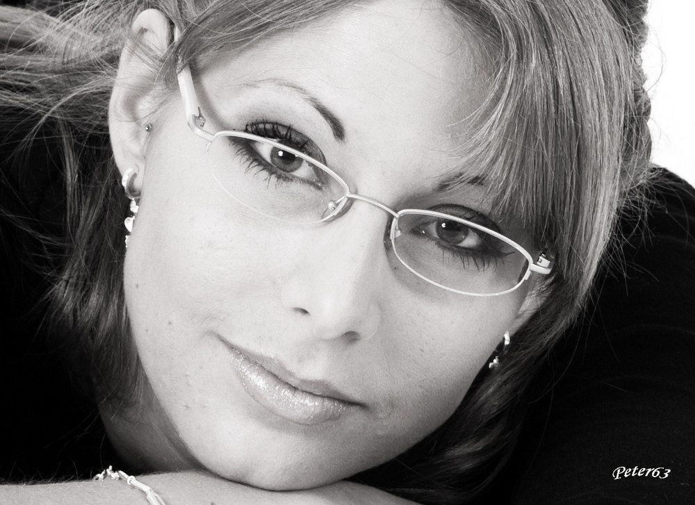 Ramona Portrait s/w