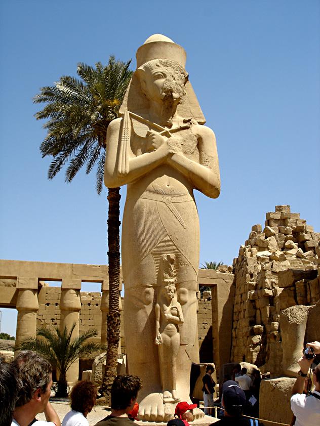 Ramses II. mit Tochter Merit-Amun