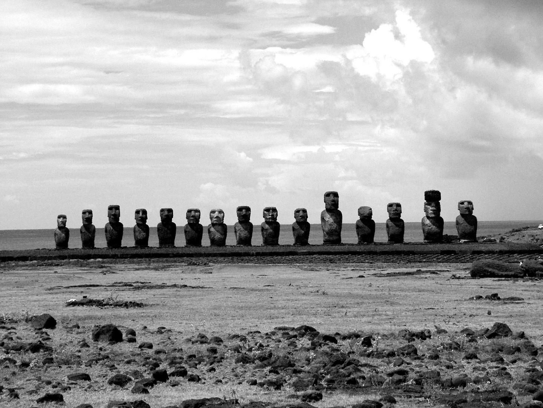 Rapa Nui schwarz-weiß