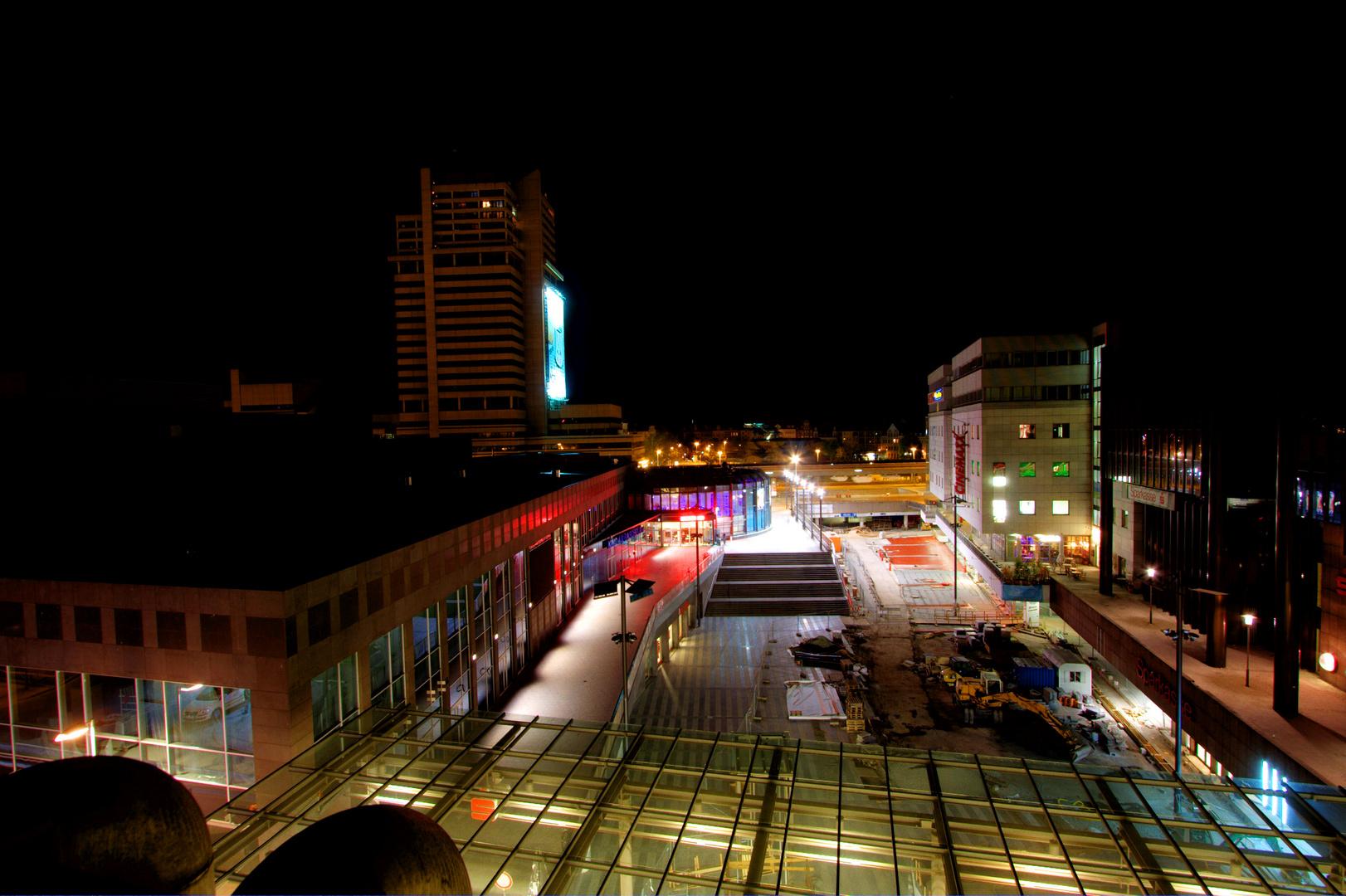 Raschplatz in Hannover bei Nacht
