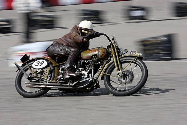 Rasende Harley I