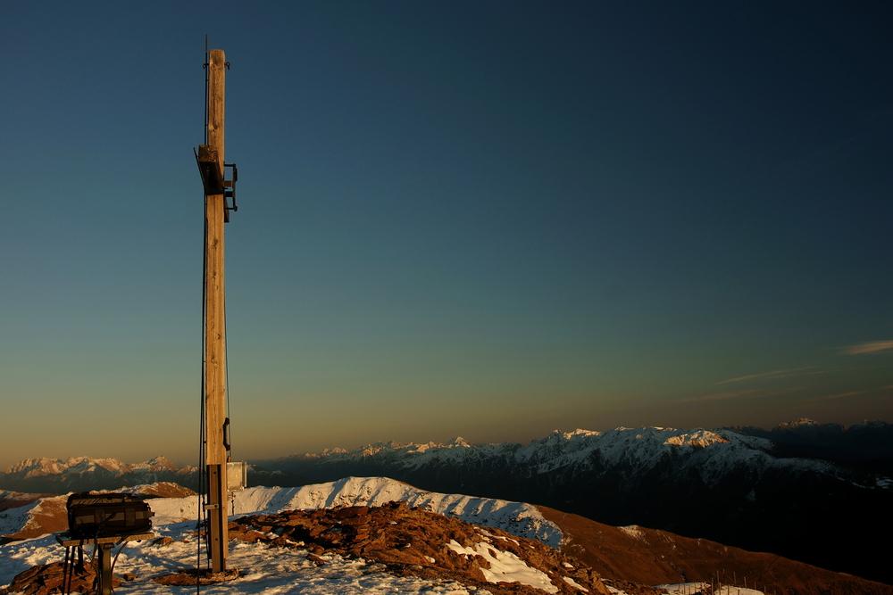 Rast am Gipfelkreuz