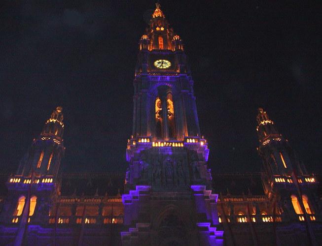 Rathaus - Get Violett!