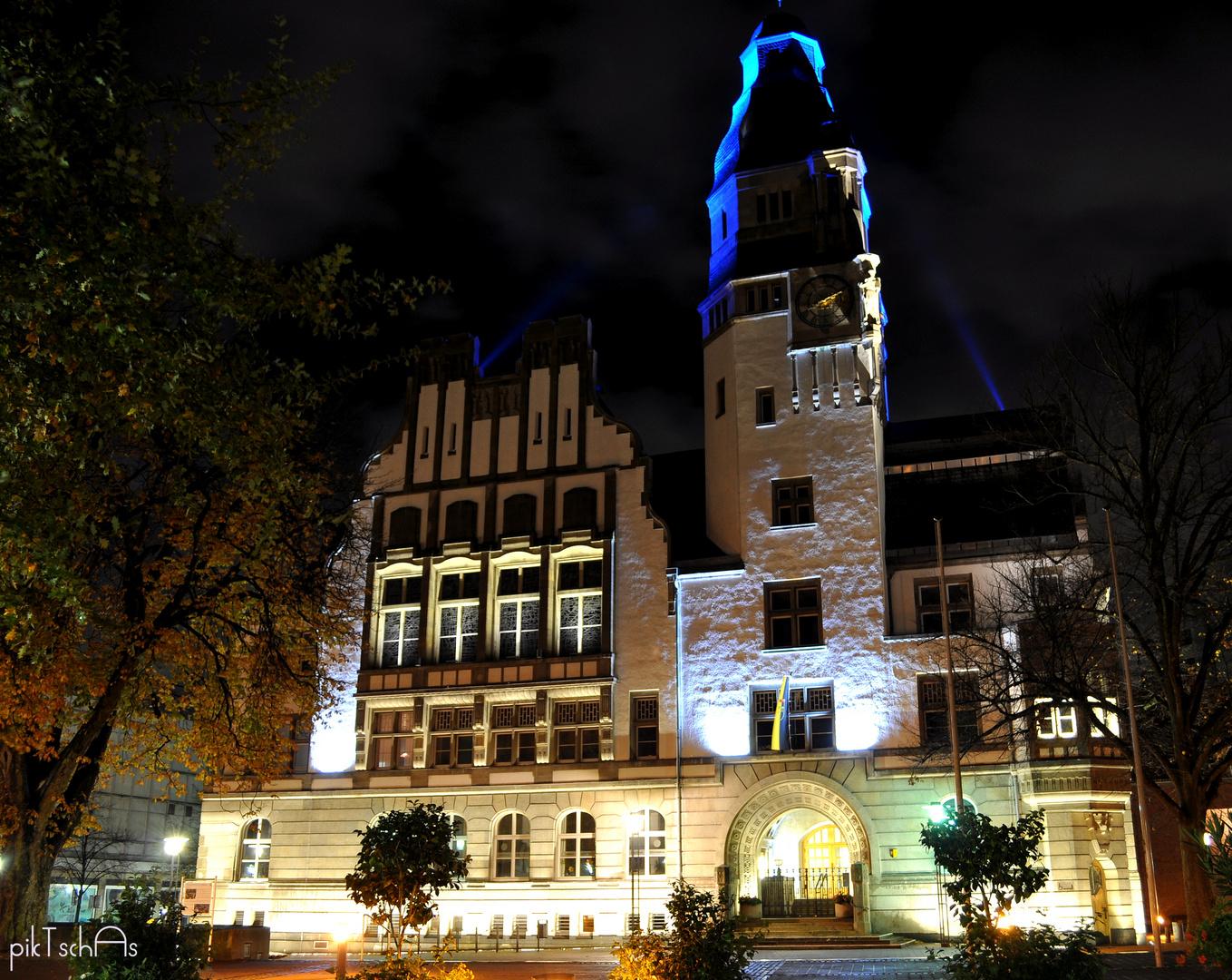 Rathaus Gladbeck bei Nacht