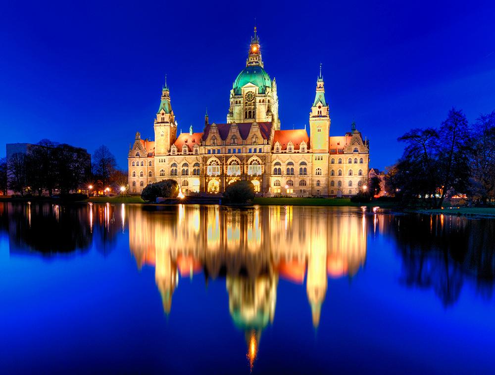 Rathaus Hannover zur blauen Stunde neuer Versuch
