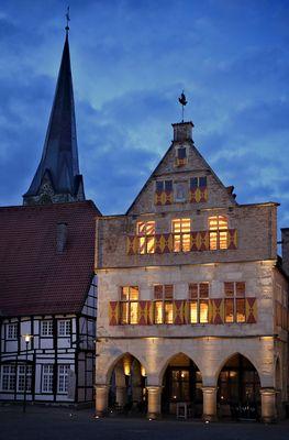 Rathaus in der blauen Stunde