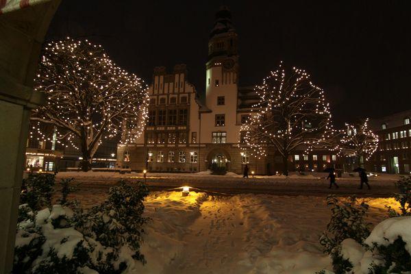 Rathaus in Gladbeck - weihnachtlich beleuchtet