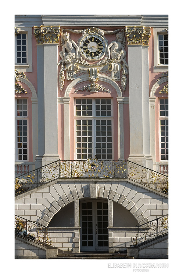 Rathaus und ne blonde Fotografinnen Frage *g*