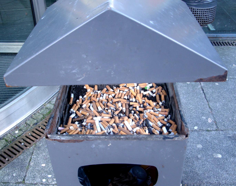 """""""Raucher Denkmal"""""""