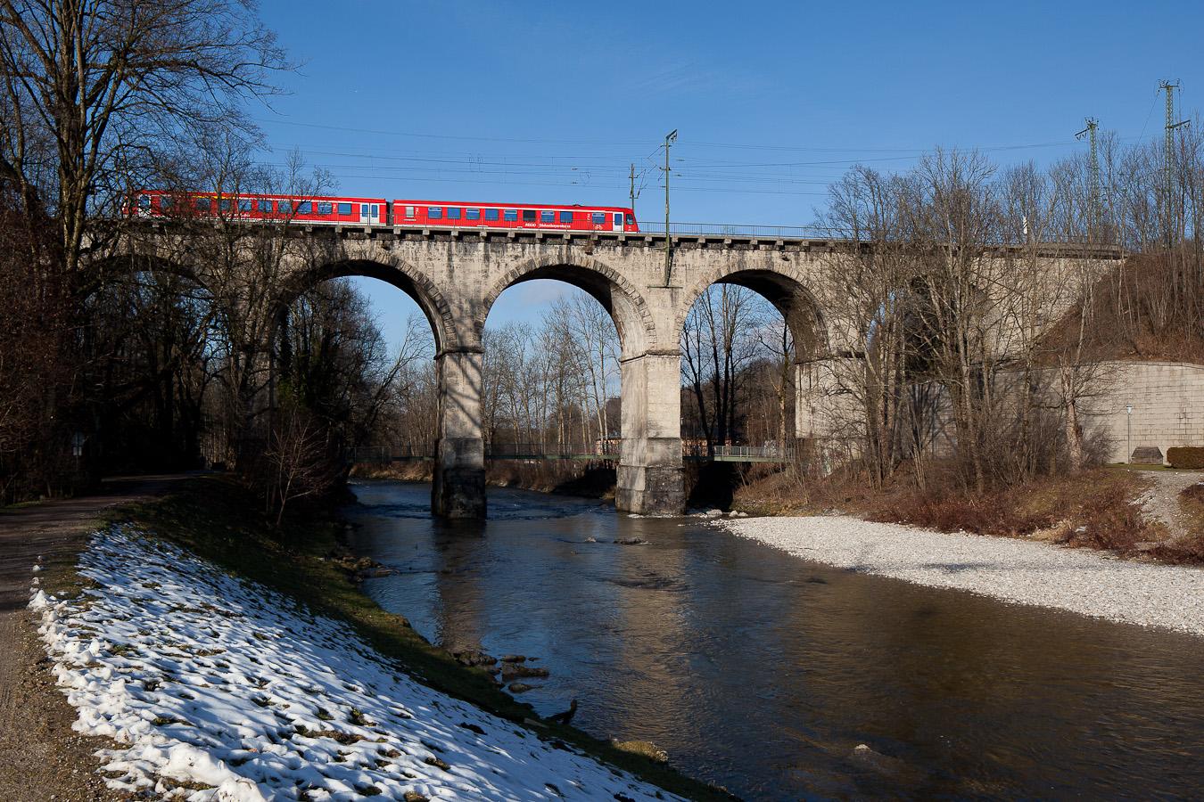 RB 27476 auf dem Traunsteiner Viadukt