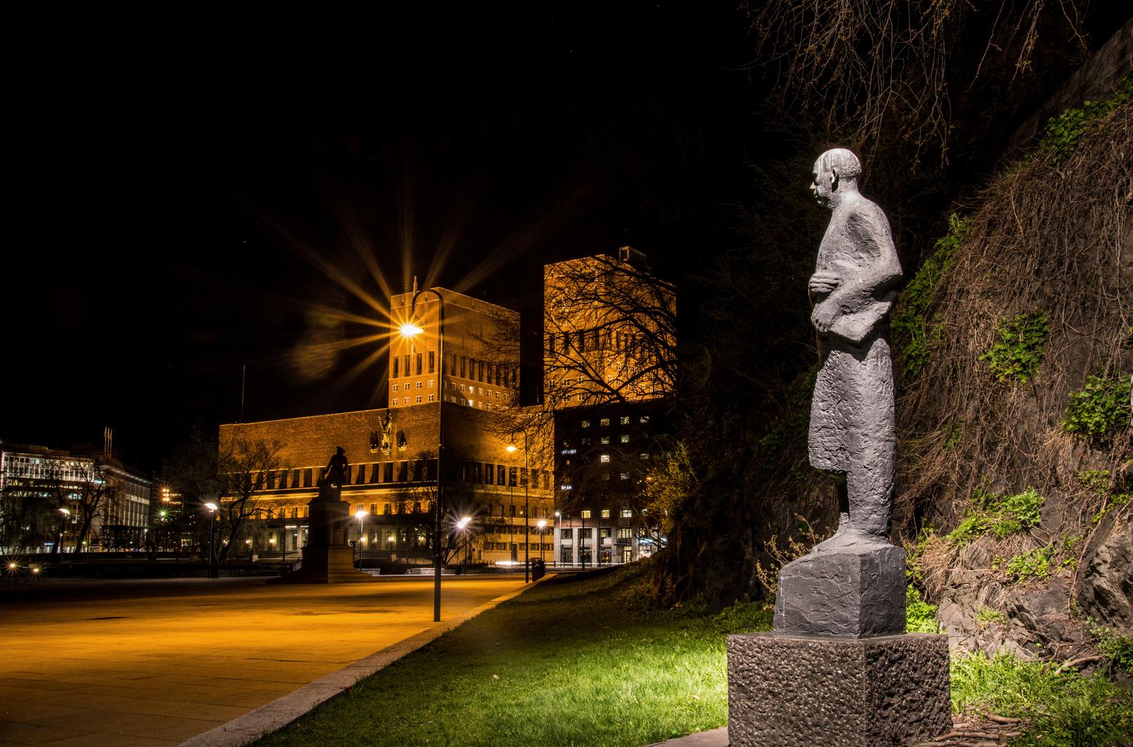 Rådhuset om natten