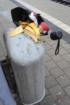 Realaufnahme zu Bahnhofsstillleben RIEN NE VAS PLUS