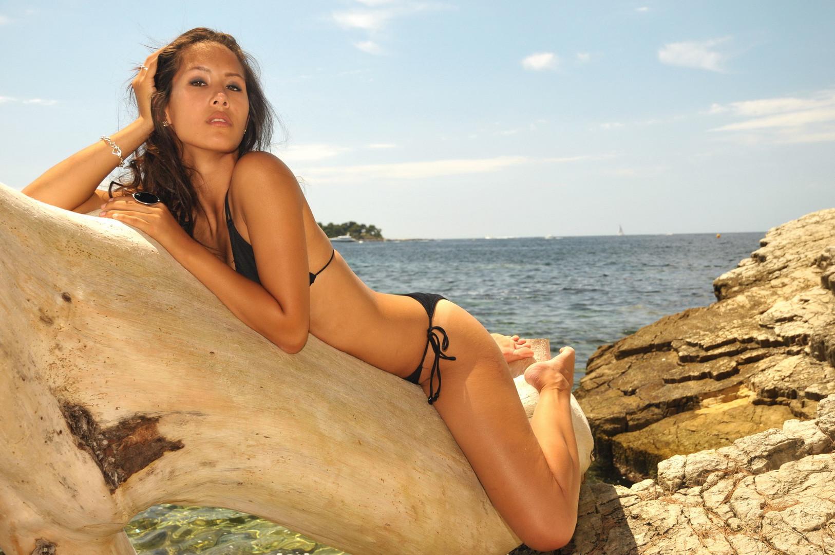 Rebecca in Cannes II