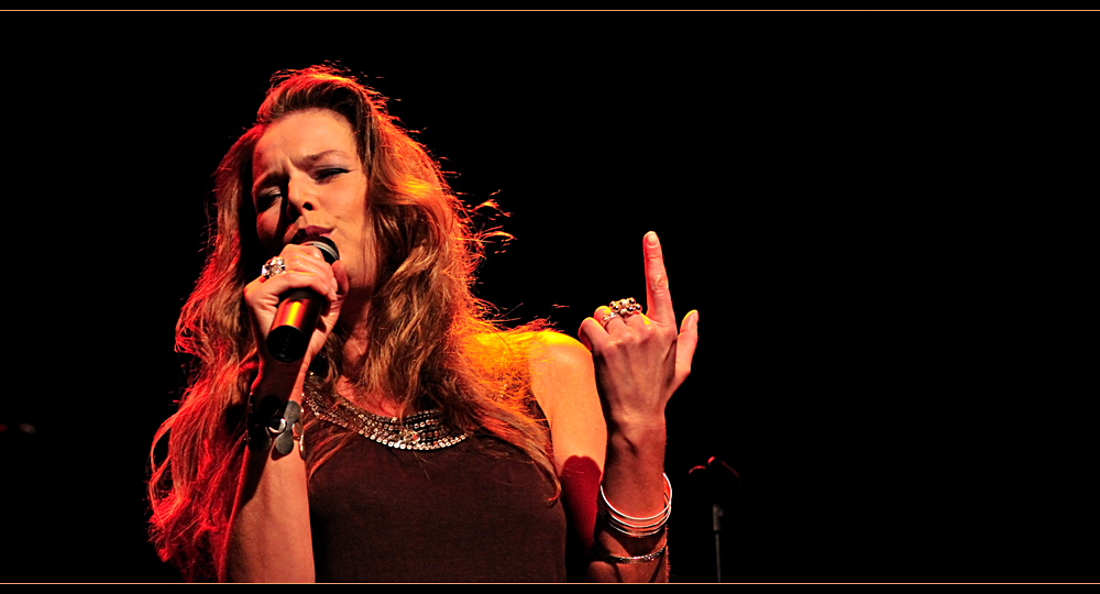 rebekka on stage