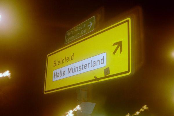 Rechts oben geht´s nach Bielefeld...
