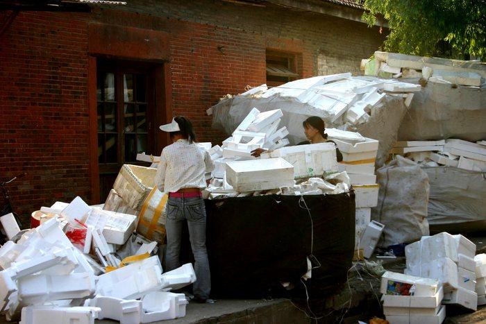 Recycling in SH am Sonntagnachmittag