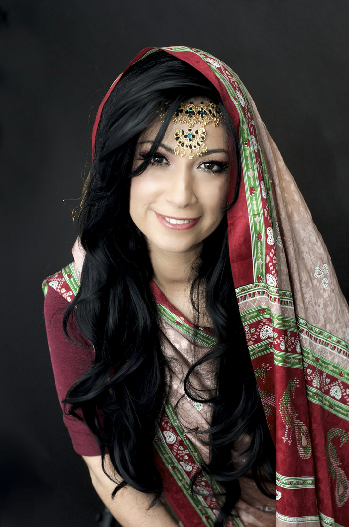 Red Bollywood 2