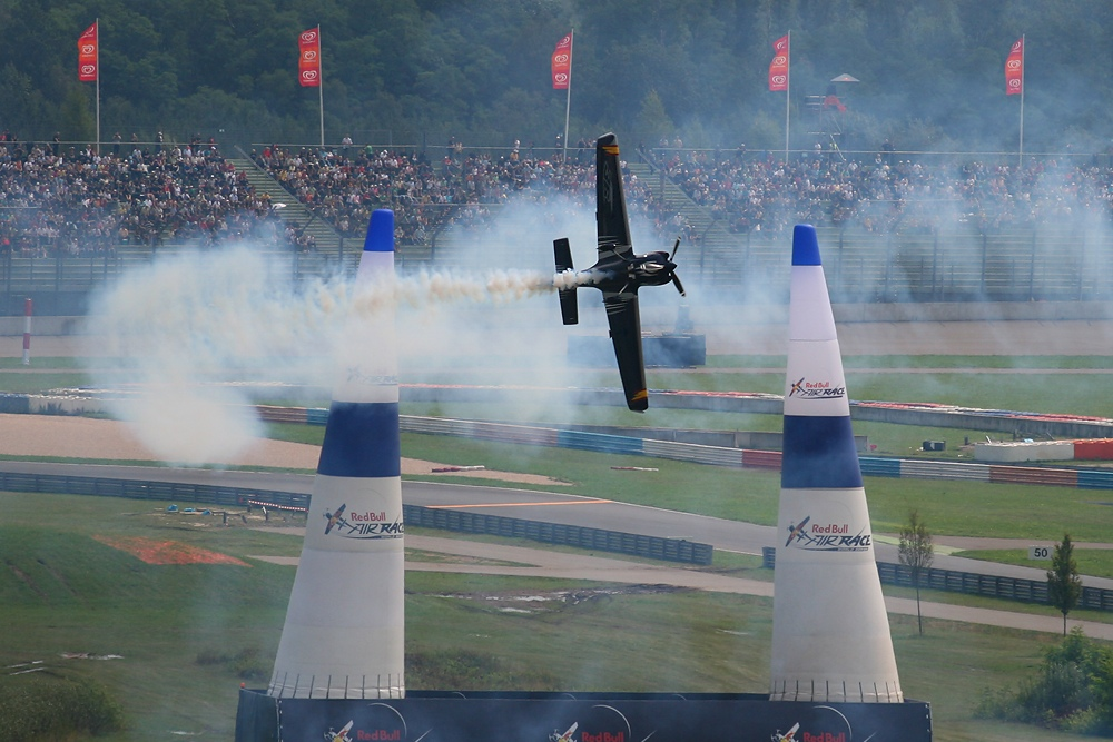 Red Bull Air Race Germany - Smoke on !!!